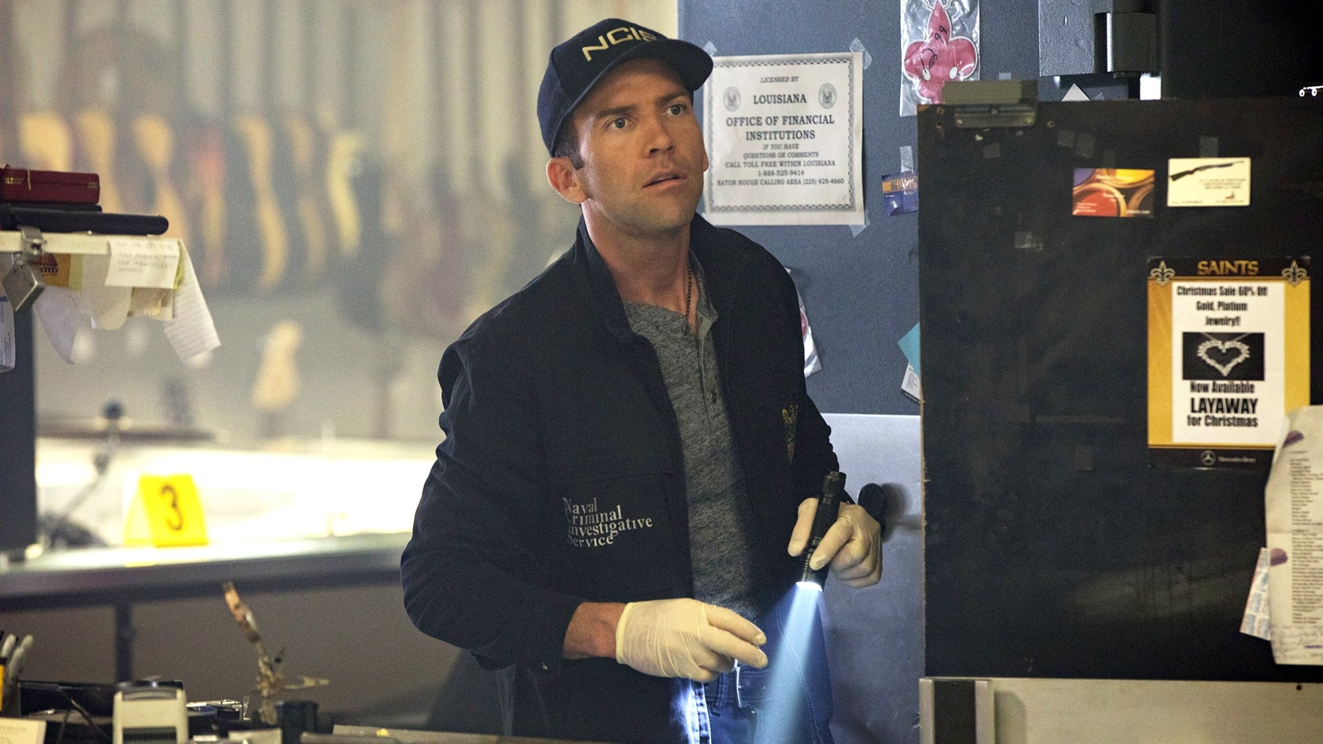 NCIS: New Orleans Season 3 :Episode 17  Swift, Silent, Deadly