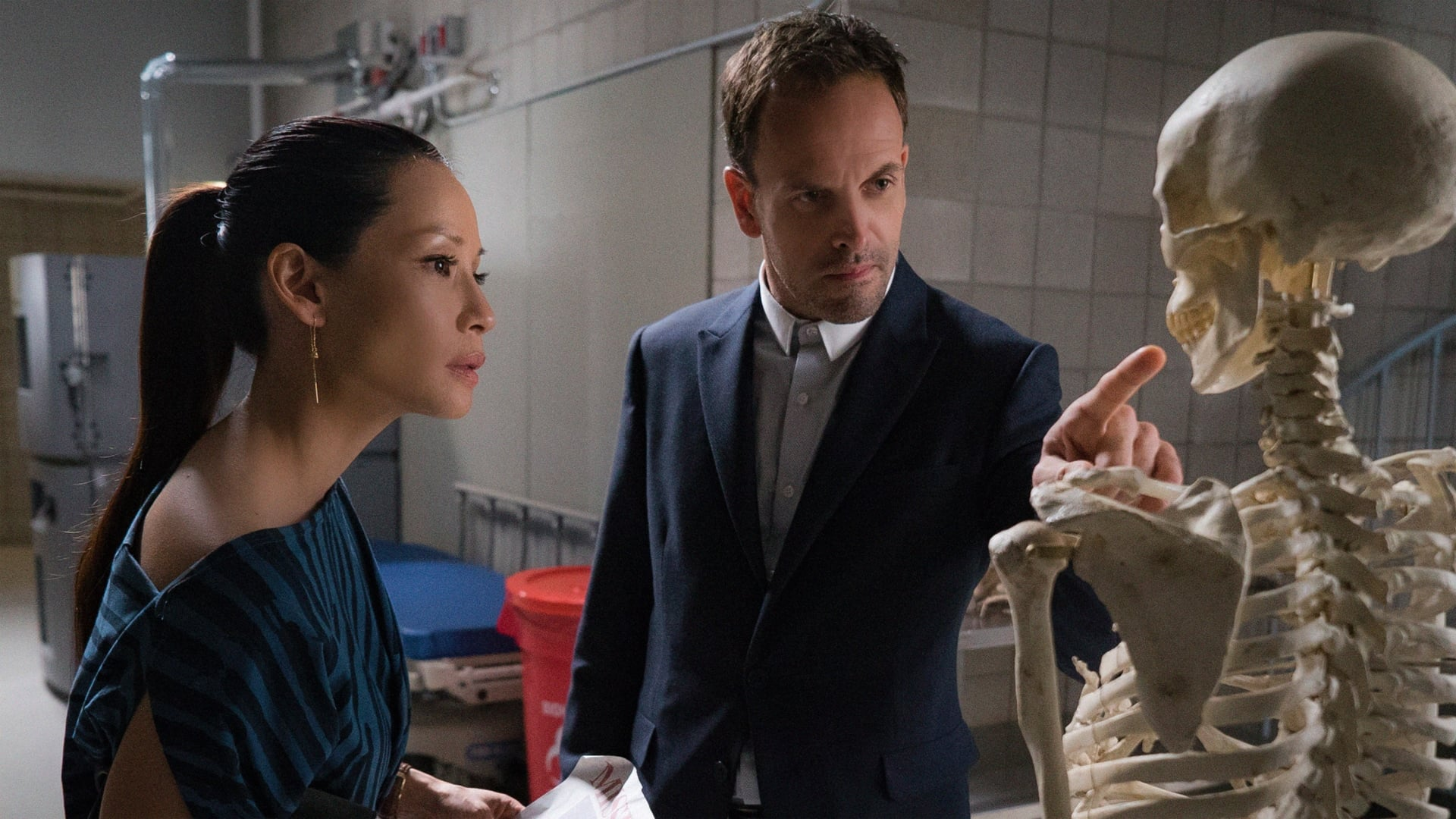 Elementary Season 4 :Episode 4  All My Exes Live in Essex