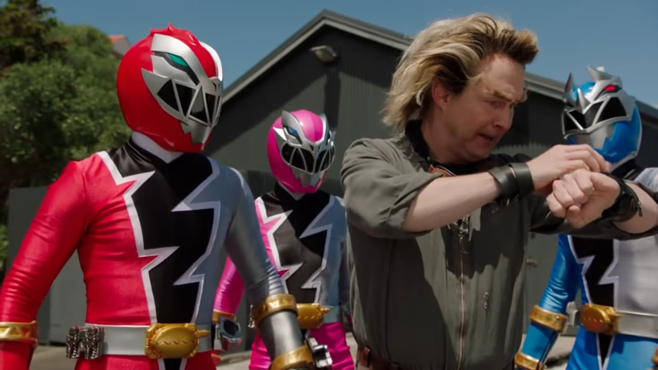 Power Rangers - Season 28 Episode 8 : Unexpected Guest