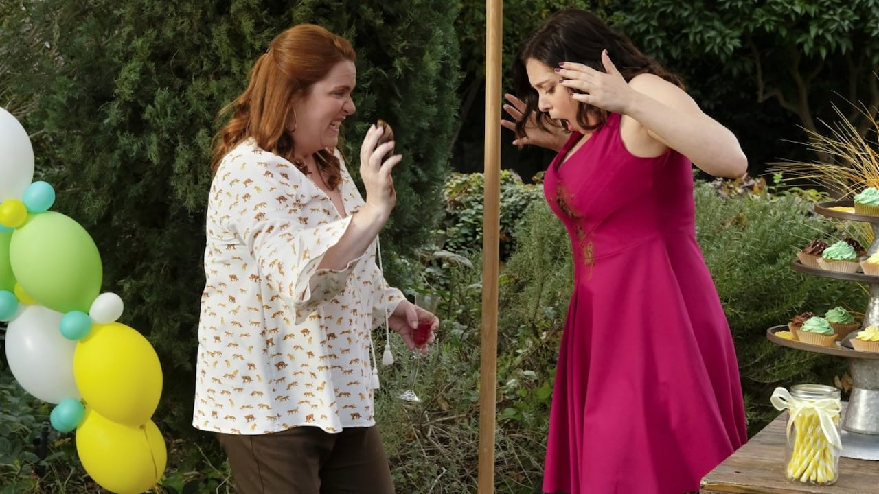 Crazy Ex-Girlfriend Season 3 :Episode 11  Nathaniel and I Are Just Friends!