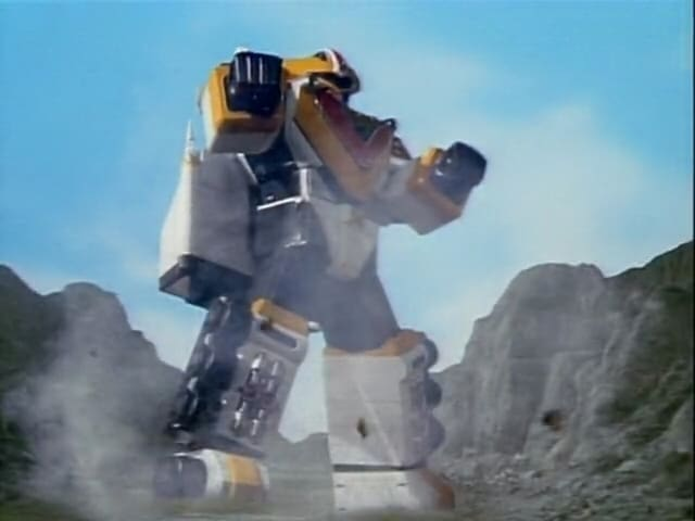 Super Sentai Season 21 :Episode 36  Take Off! The Wings of Hope Dancing in Space