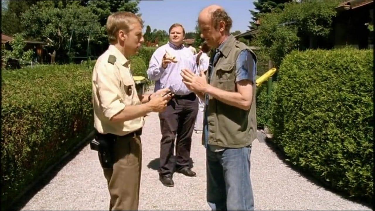 Die Rosenheim-Cops Season 11 :Episode 17  Tod im Schrebergarten