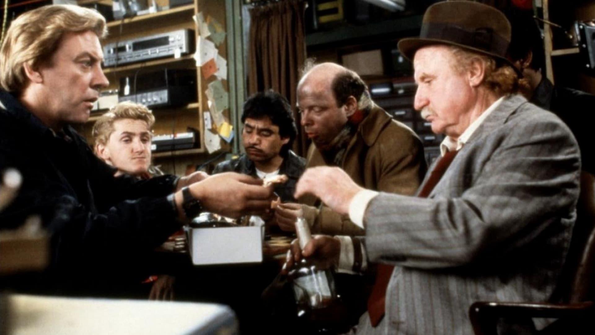 Crackers, que locura de robo (1984)