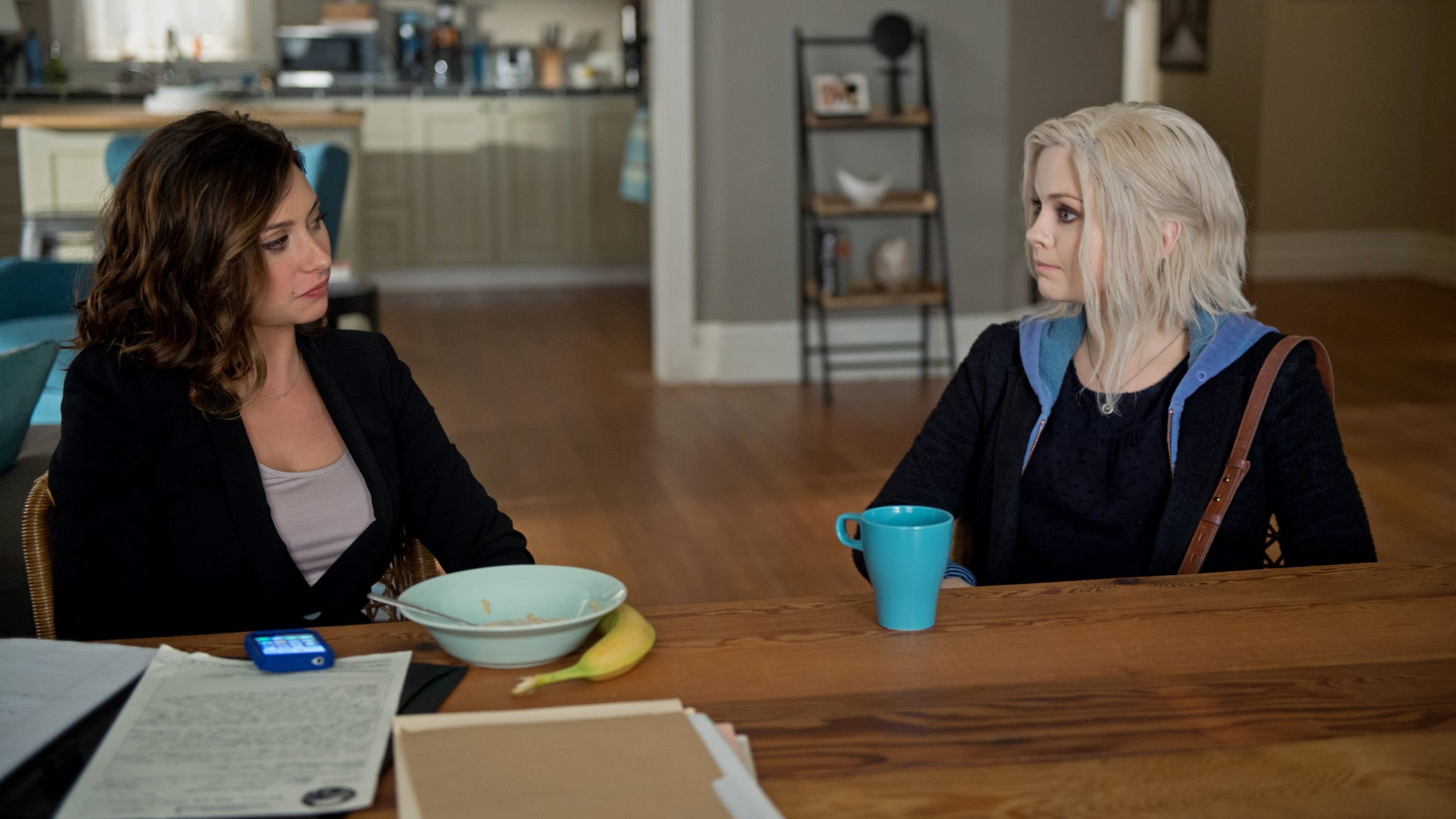 iZombie Season 1 :Episode 8  Dead Air