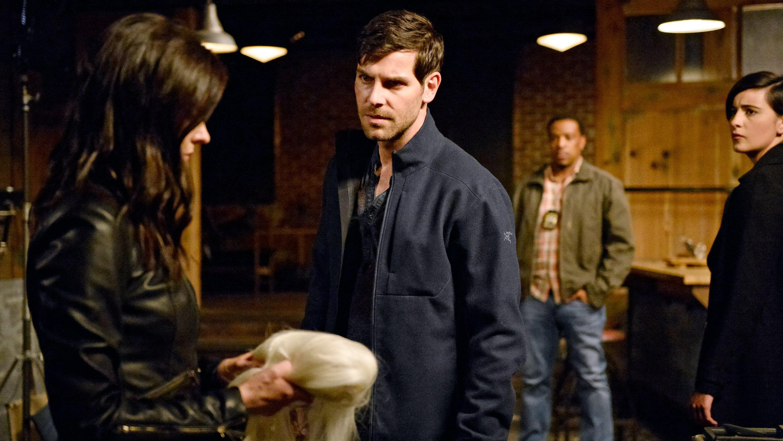 Grimm Season 6 :Episode 1  Fugitive