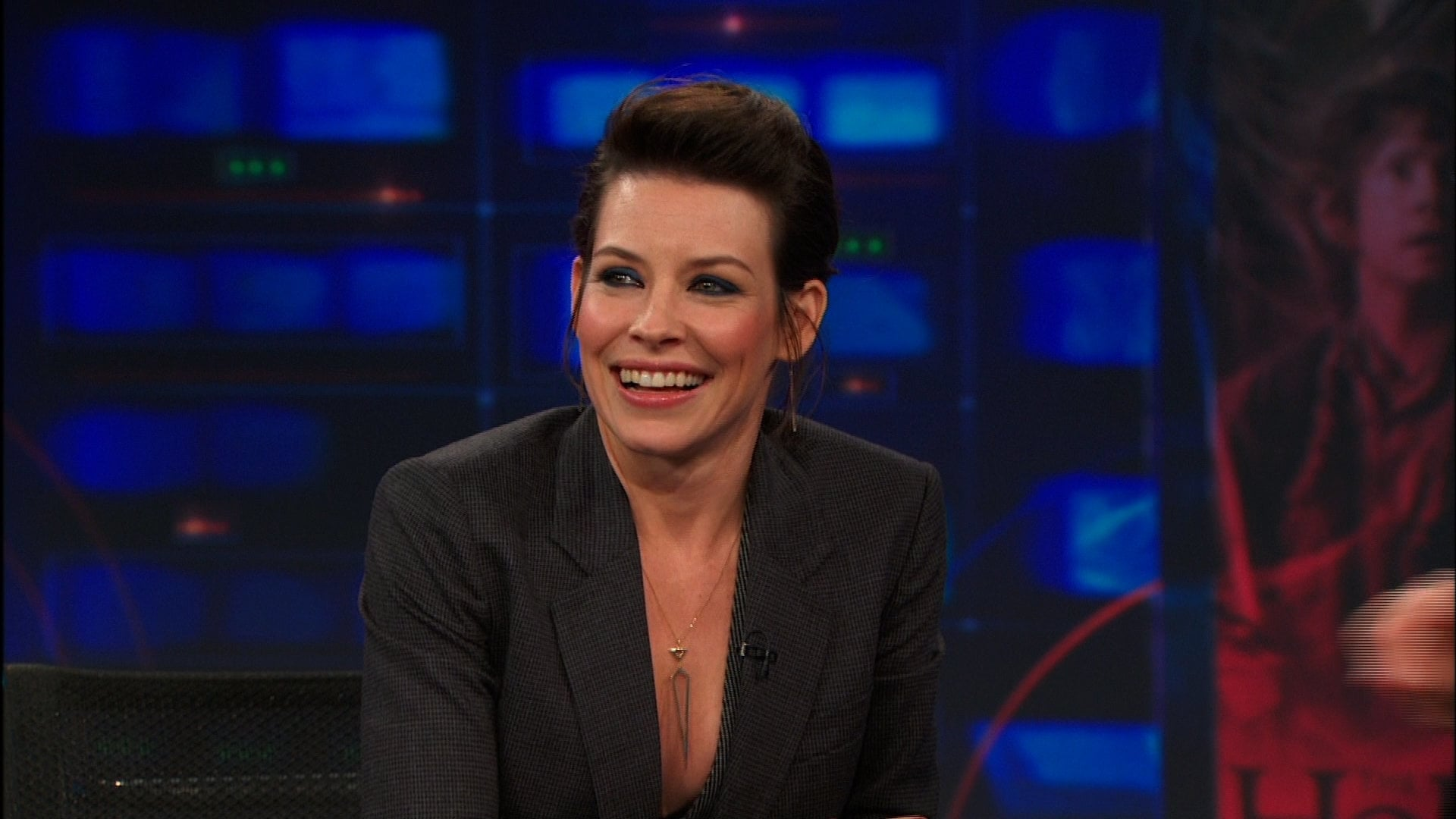 The Daily Show with Trevor Noah Season 19 :Episode 36  Evangeline Lilly