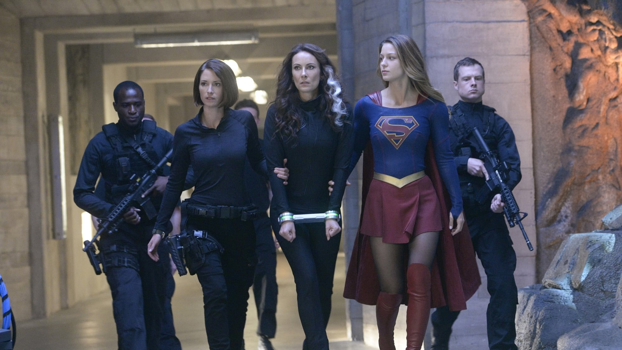 Supergirl Season 1 :Episode 9 Blood Bonds