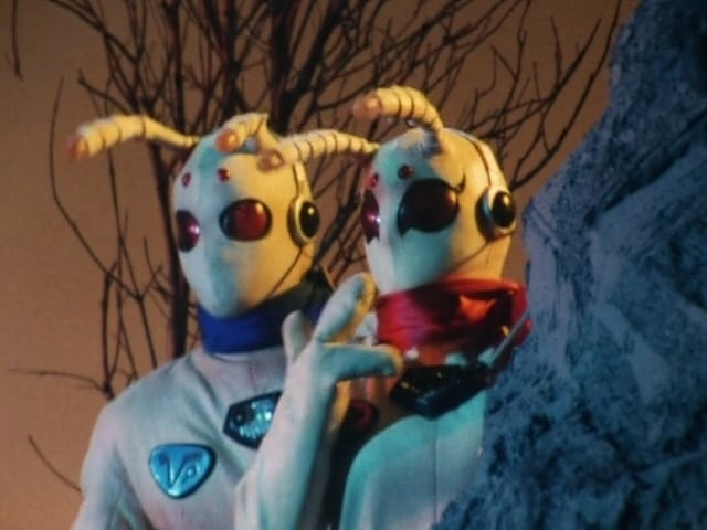 Super Sentai Season 9 :Episode 11  S.O.S. Koko and Kiki