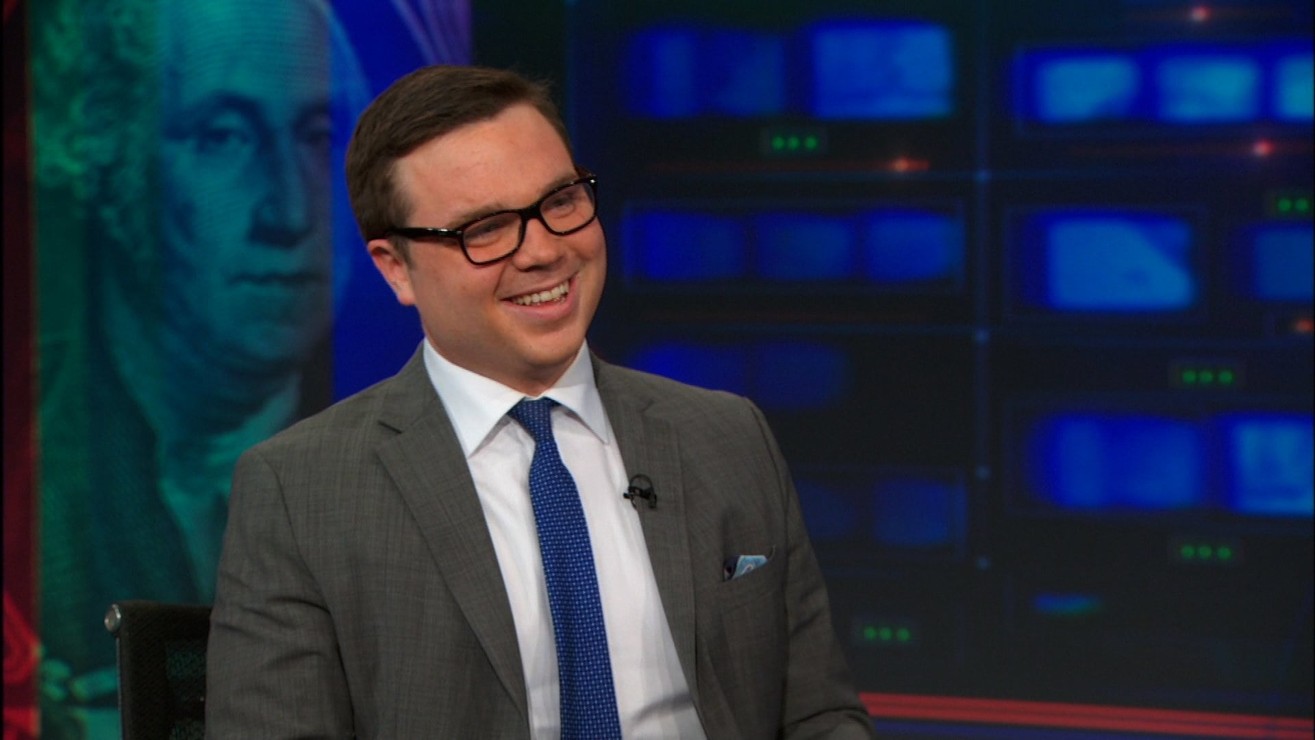 The Daily Show with Trevor Noah - Season 19 Episode 70 : Kevin Roose