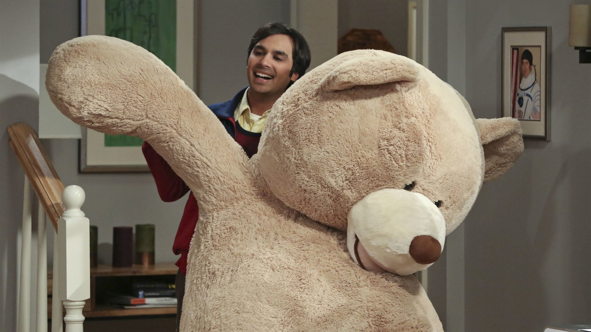 The Big Bang Theory Season 9 :Episode 20  The Big Bear Precipitation