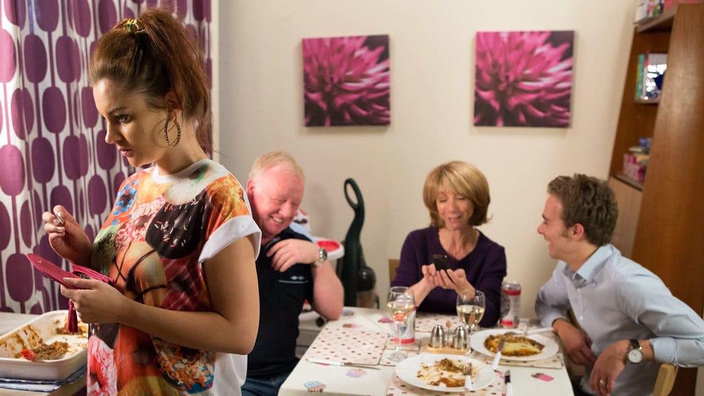Coronation Street Season 55 :Episode 204  Mon Oct 20 2014, Part 1