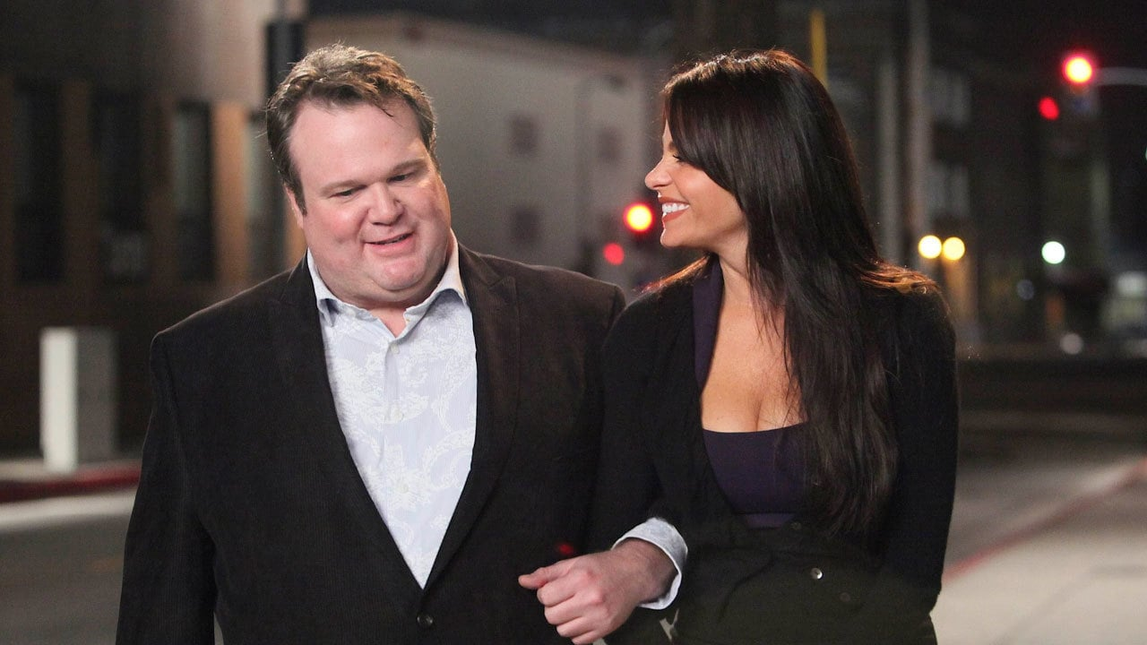 Modern Family Season 1 :Episode 18  Starry Night