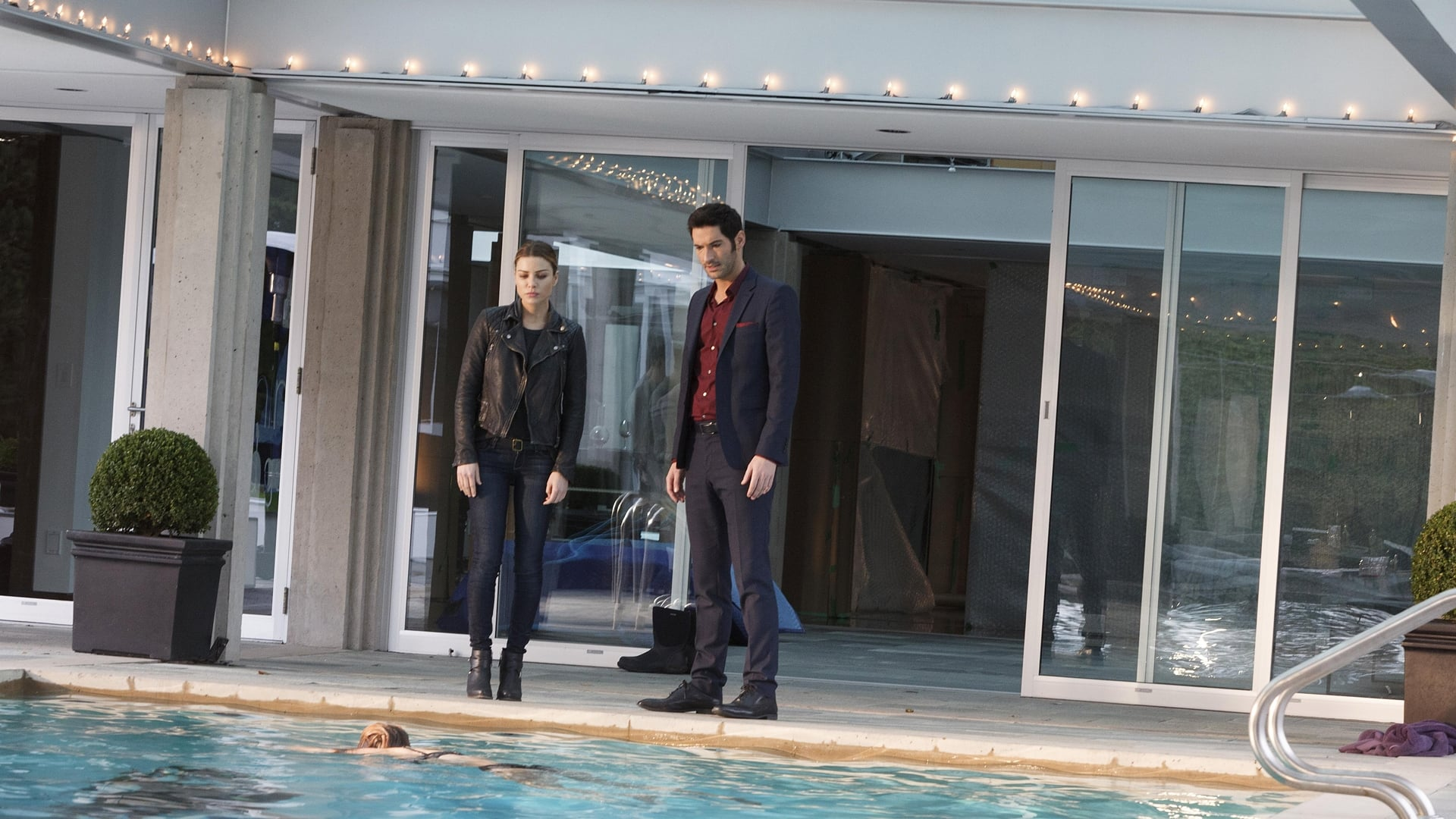 Lucifer - Season 1 Episode 3 : The Would-Be Prince of Darkness
