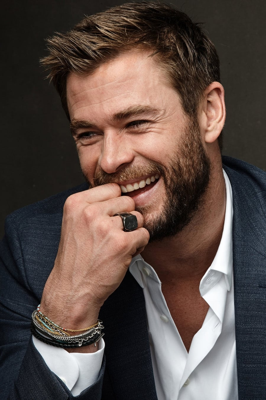 Chris Hemsworth - Prof...