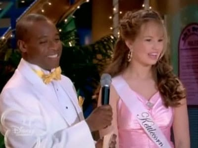 The Suite Life on Deck Season 2 :Episode 13  The Beauty and the Fleeced