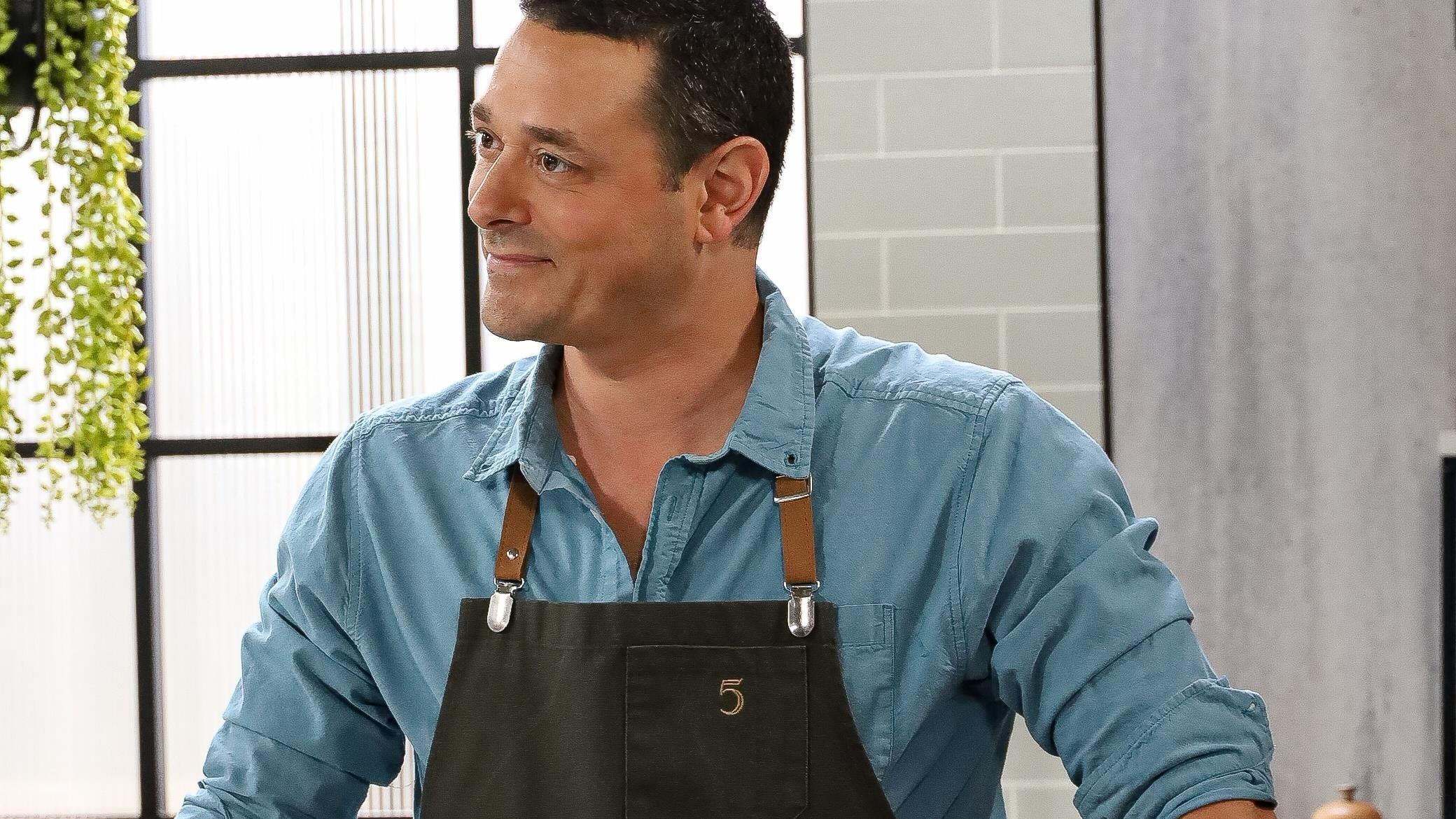 5 chefs dans ma cuisine Season 1 :Episode 145  Episode 145