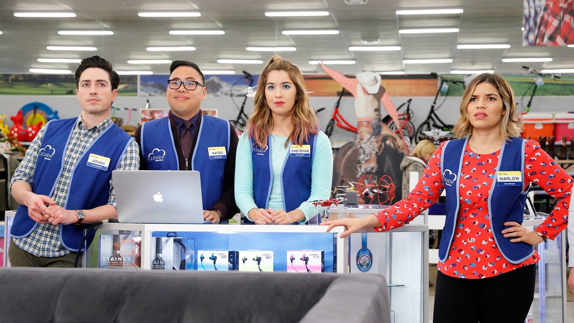 Superstore - Season 2 Episode 18 : Mateo's Last Day