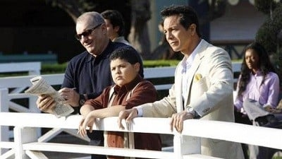 Modern Family Season 3 :Episode 11  Lifetime Supply