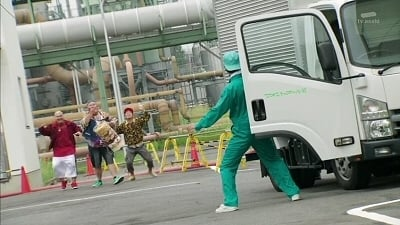 Kamen Rider Season 25 :Episode 5  What is the Steel Thief Gang After?
