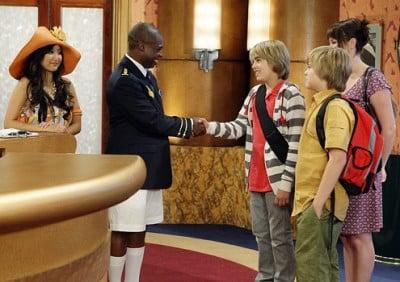 The Suite Life on Deck Season 1 :Episode 1  The Suite Life Sets Sail