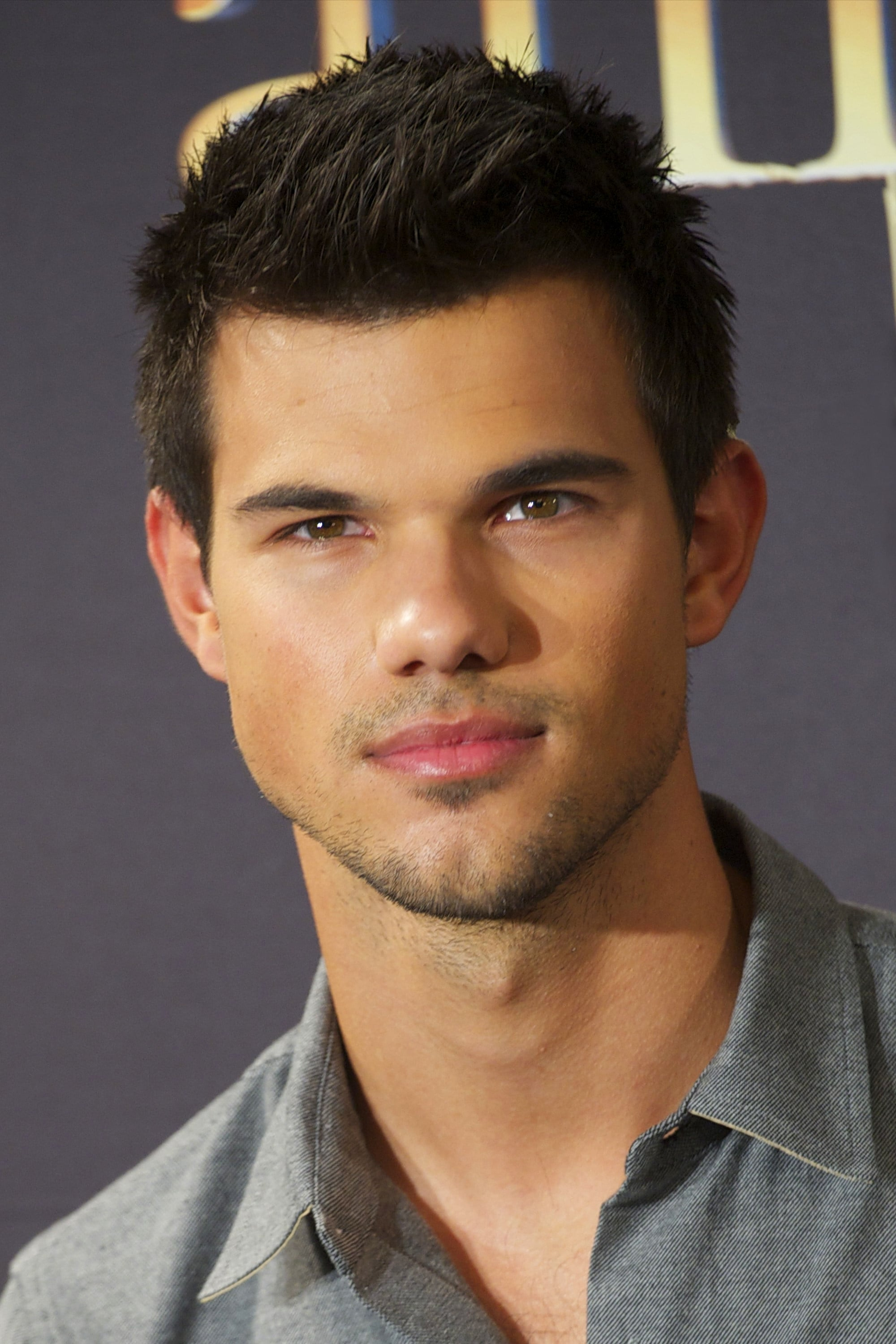 Taylor Lautner - Profile Images — The Movie Database (TMDb) Taylor Lautner