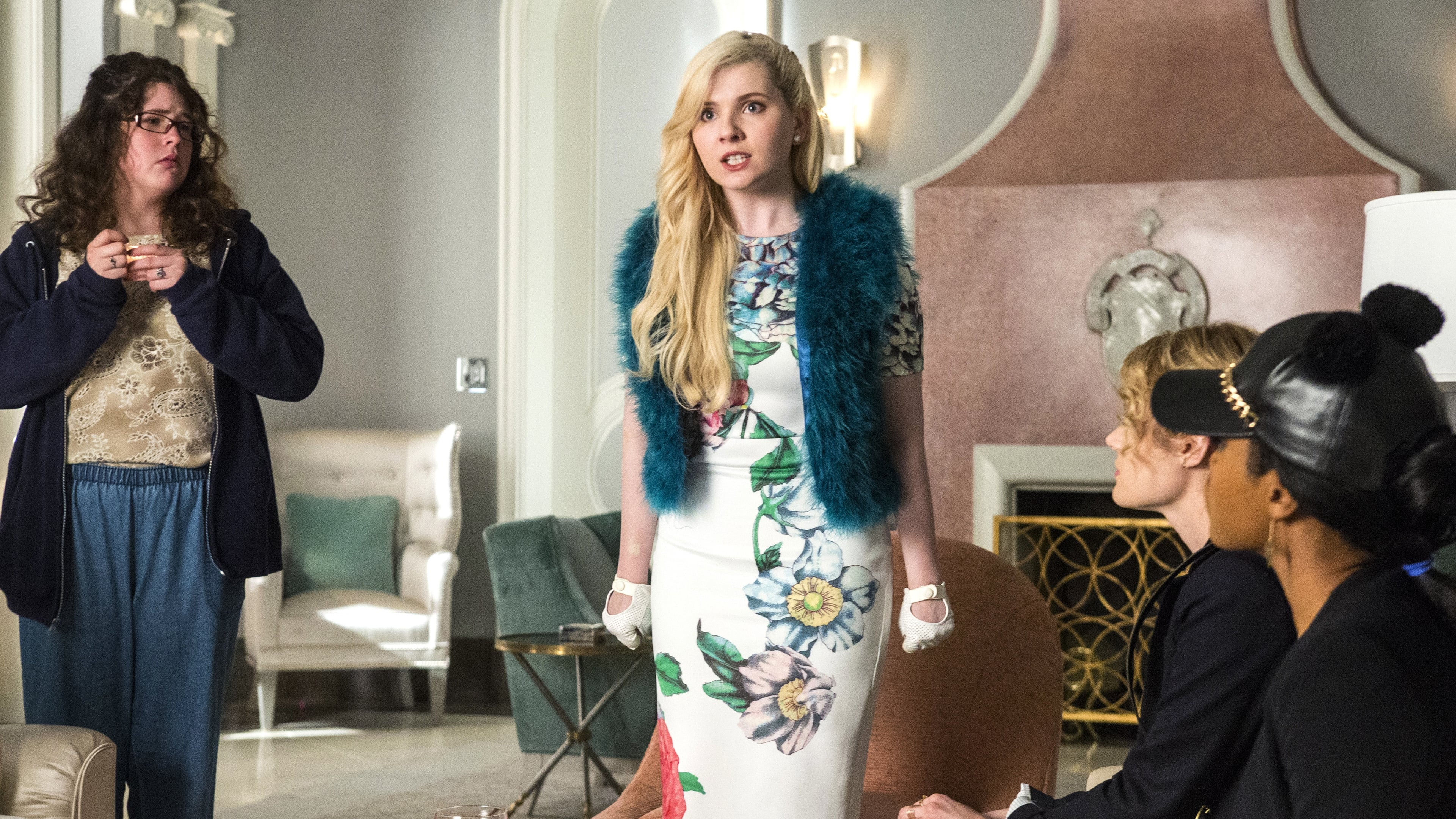 watch scream queens 1x3 online for free rarbg