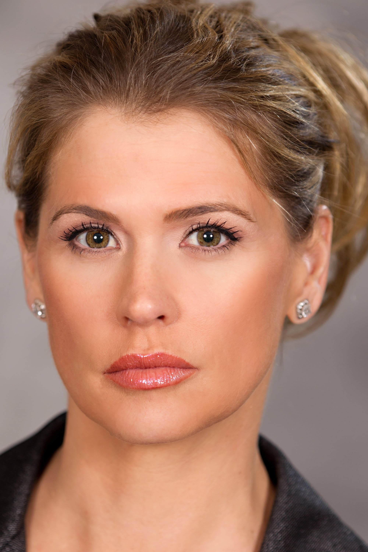 Kristy Swanson Photos Photos - BAFTA/LA 4th Annual Emmy ... |Kristy Swanson Weight Gain