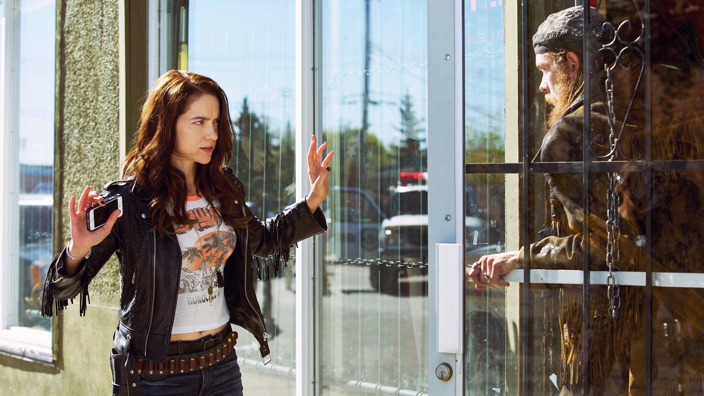 Wynonna Earp Season 1 :Episode 3  Leavin' on Your Mind