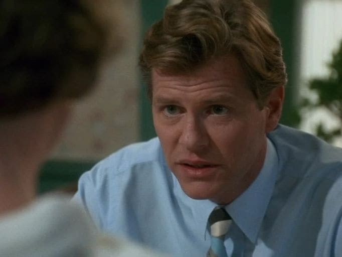 Murder, She Wrote Season 7 :Episode 21  Tainted Lady
