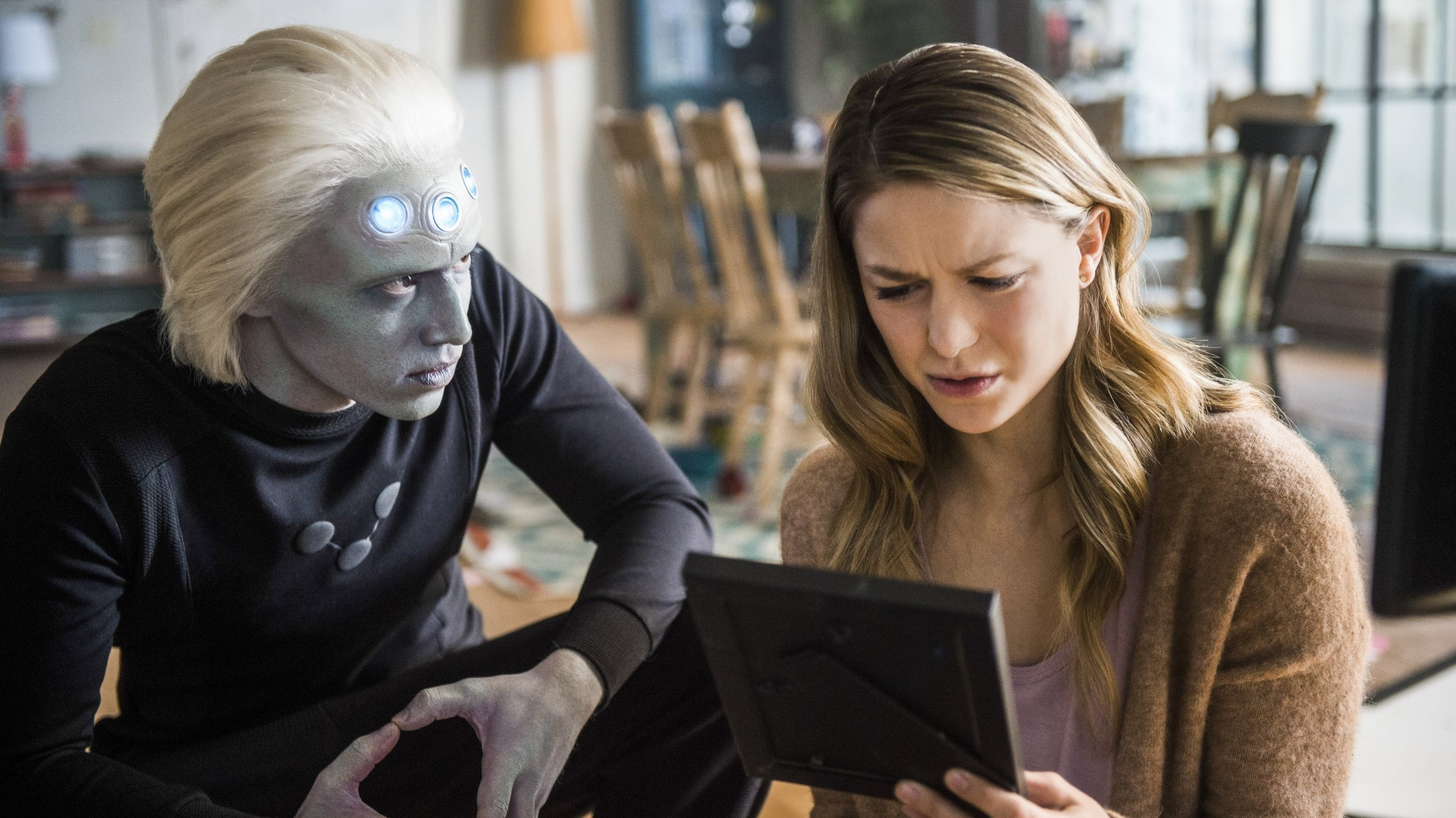 Supergirl Season 3 :Episode 10  Legion of Superheroes