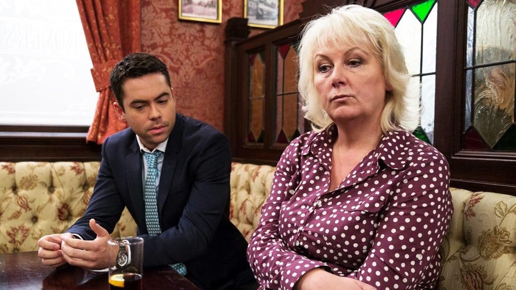 Coronation Street Season 55 :Episode 214  Mon Nov 03 2014, Part 1