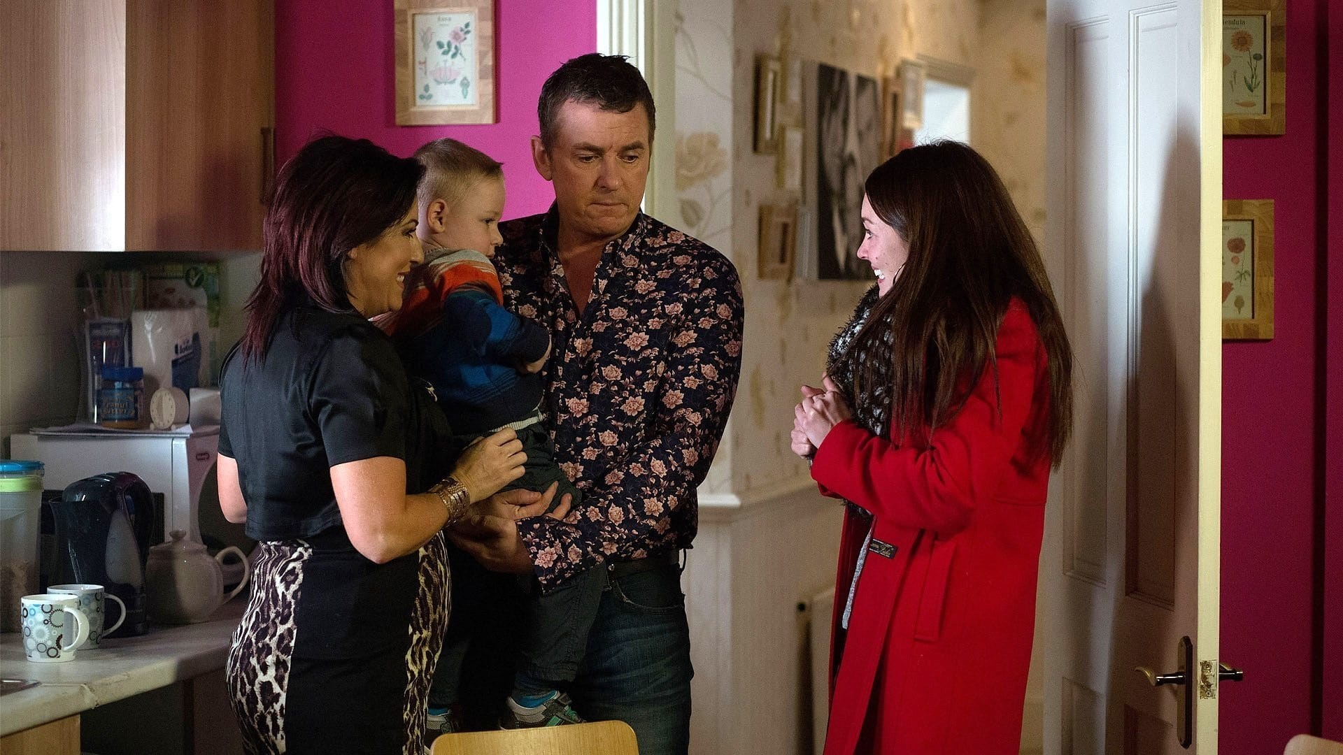 EastEnders Season 30 :Episode 31  18/02/2014