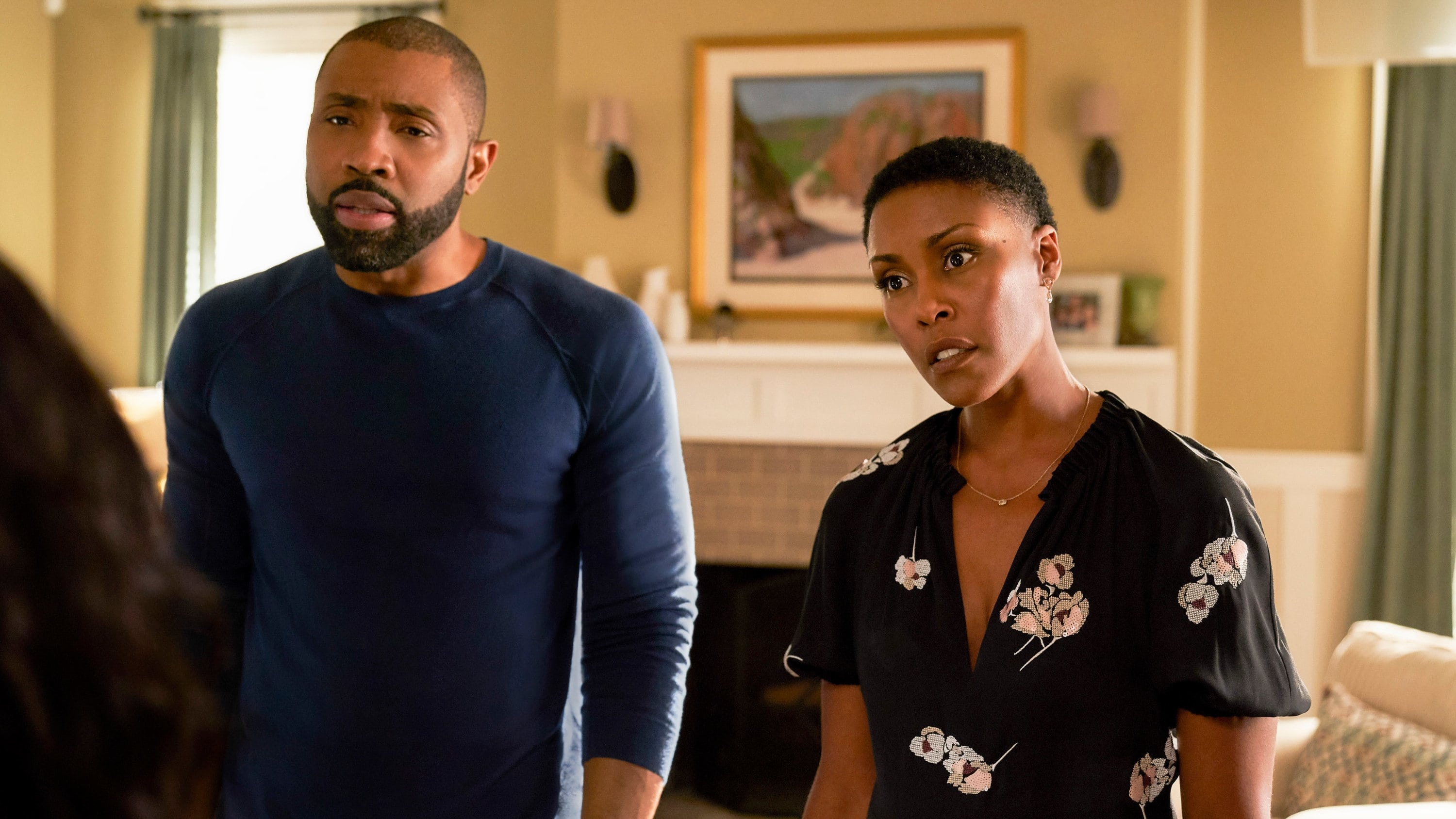 Black Lightning Season 1 :Episode 5  And Then the Devil Brought the Plague: The Book of Green Light