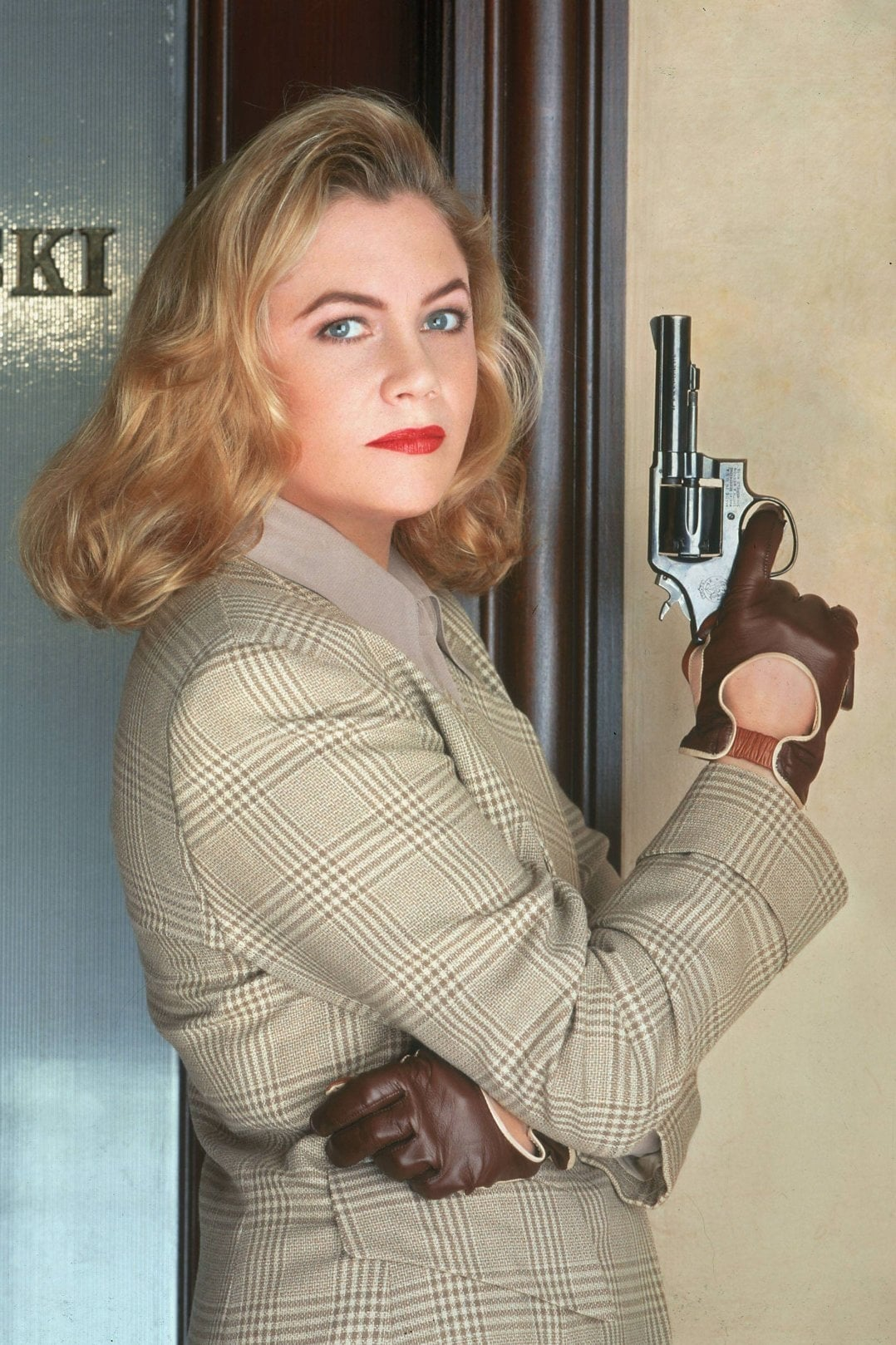 Kathleen Turner - Watch Viooz