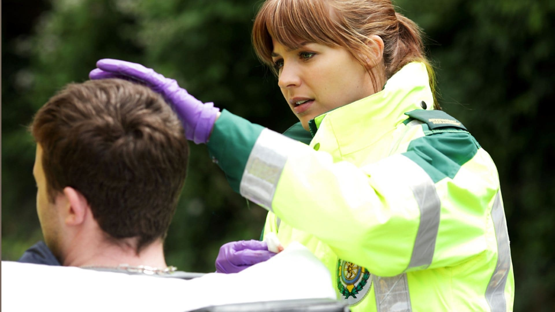Casualty Season 26 :Episode 1  Partners