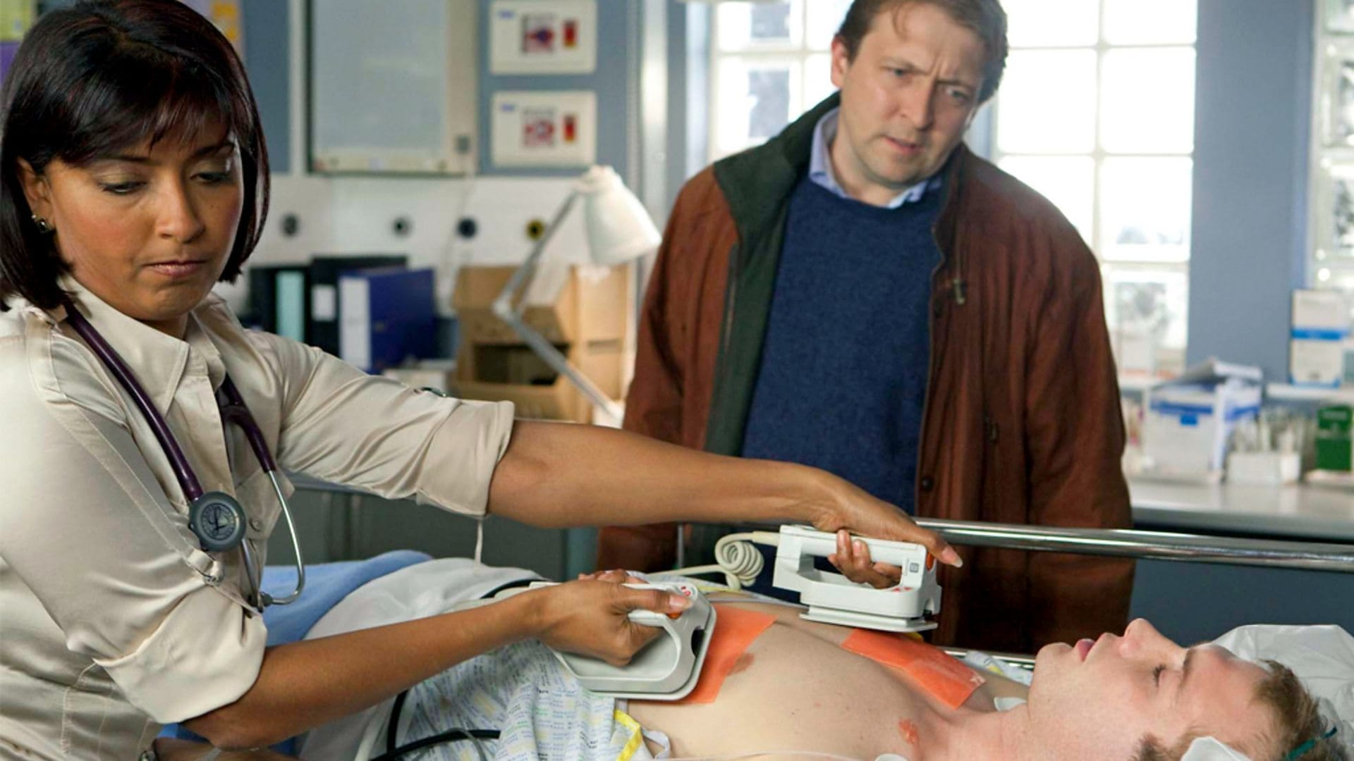 Casualty Season 24 :Episode 22  The Cradle Will Fall
