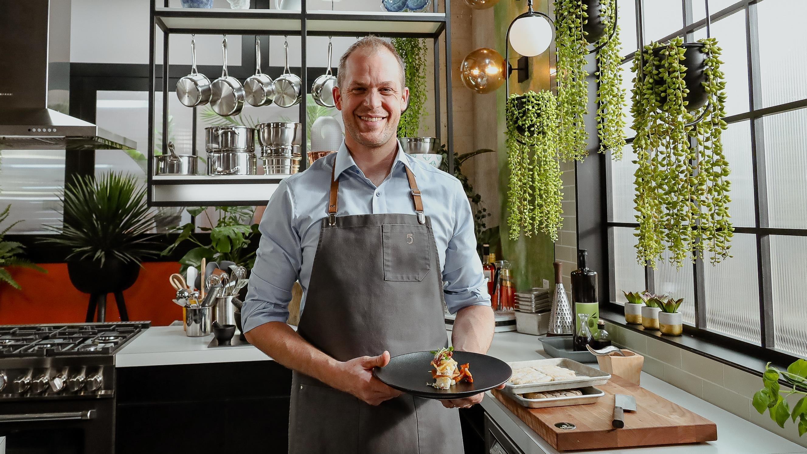 5 chefs dans ma cuisine Season 1 :Episode 85  Episode 85