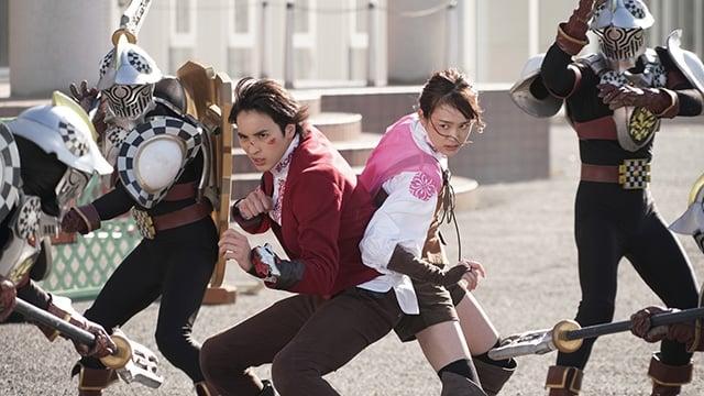 Super Sentai Season 43 :Episode 44  Tested Bonds