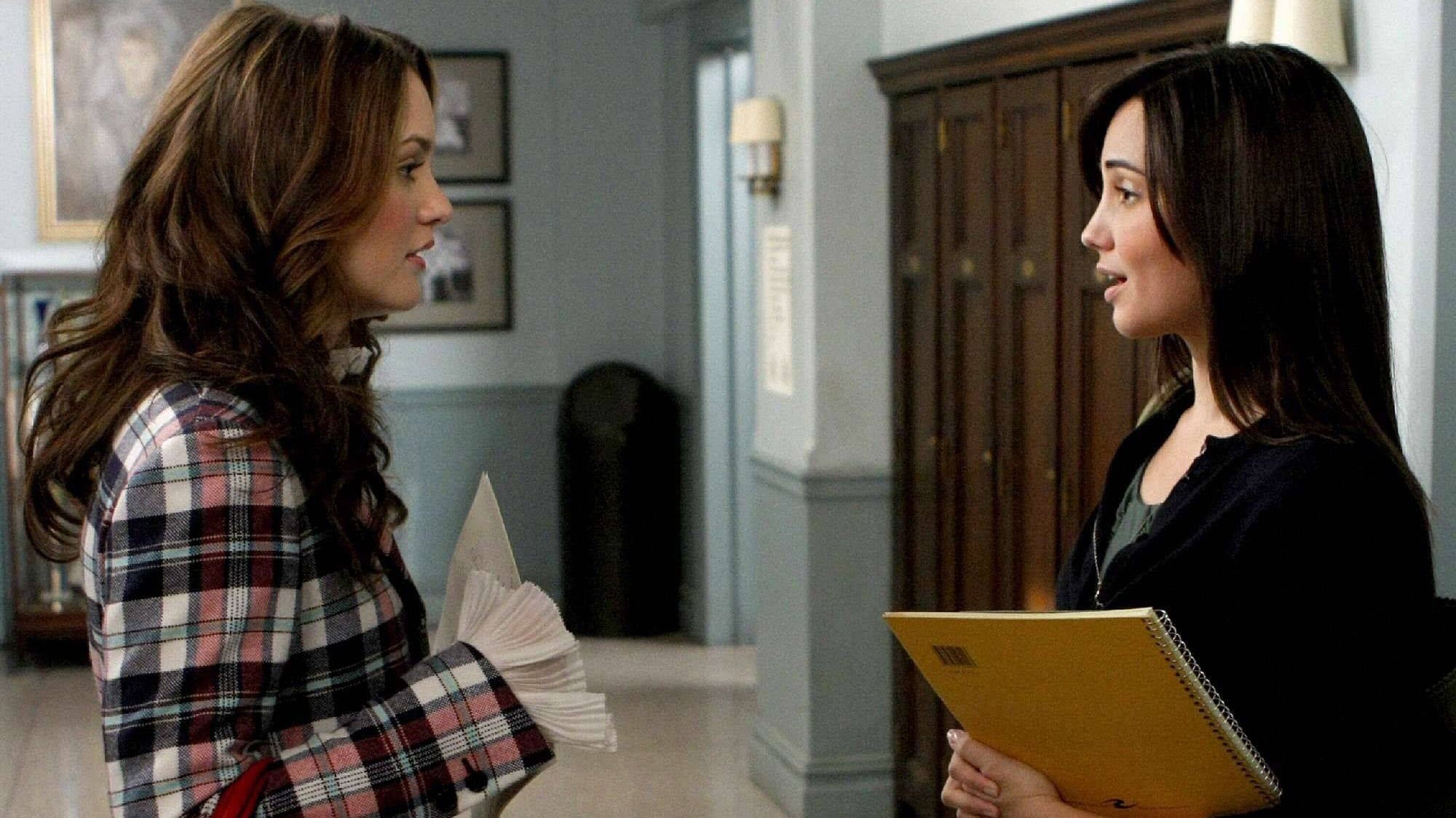 Watch Gossip Girl Season 2 Online for Free on 123Movie