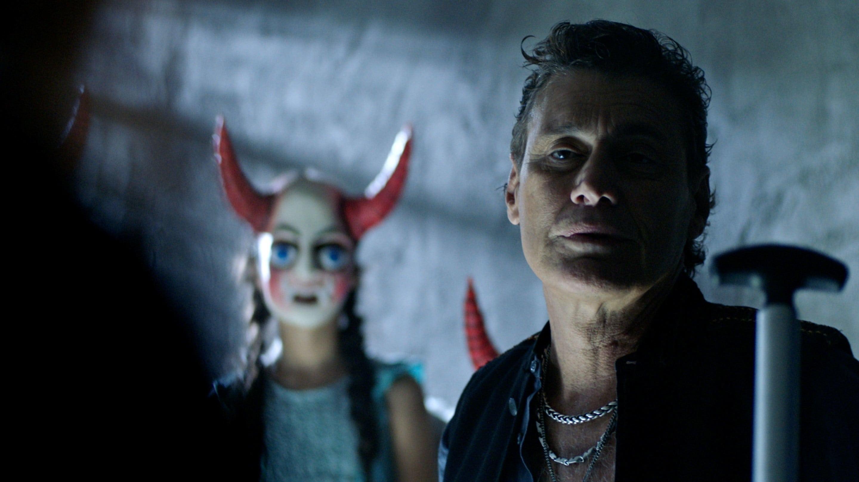 Queen of the South Season 2 :Episode 13  La Última Hora Mata
