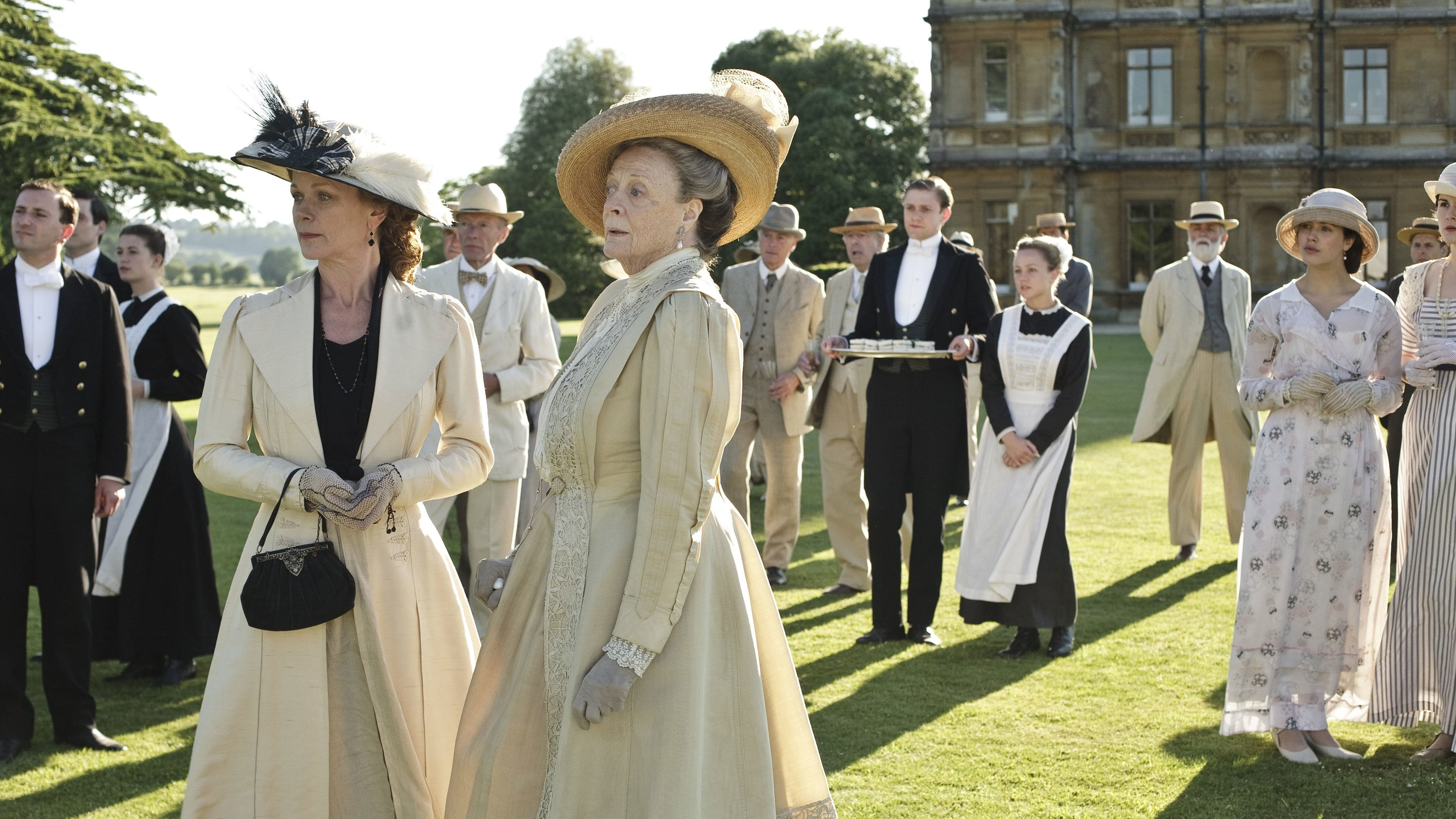downton abbey Downton abbey is a historical period drama television series created by julian fellowes and co-produced by carnival films and masterpiece it first aired on itv in the united kingdom on 26 september 2010, and on pbs in the united states on 9 january 2011 as part of the masterpiece classic anthology.