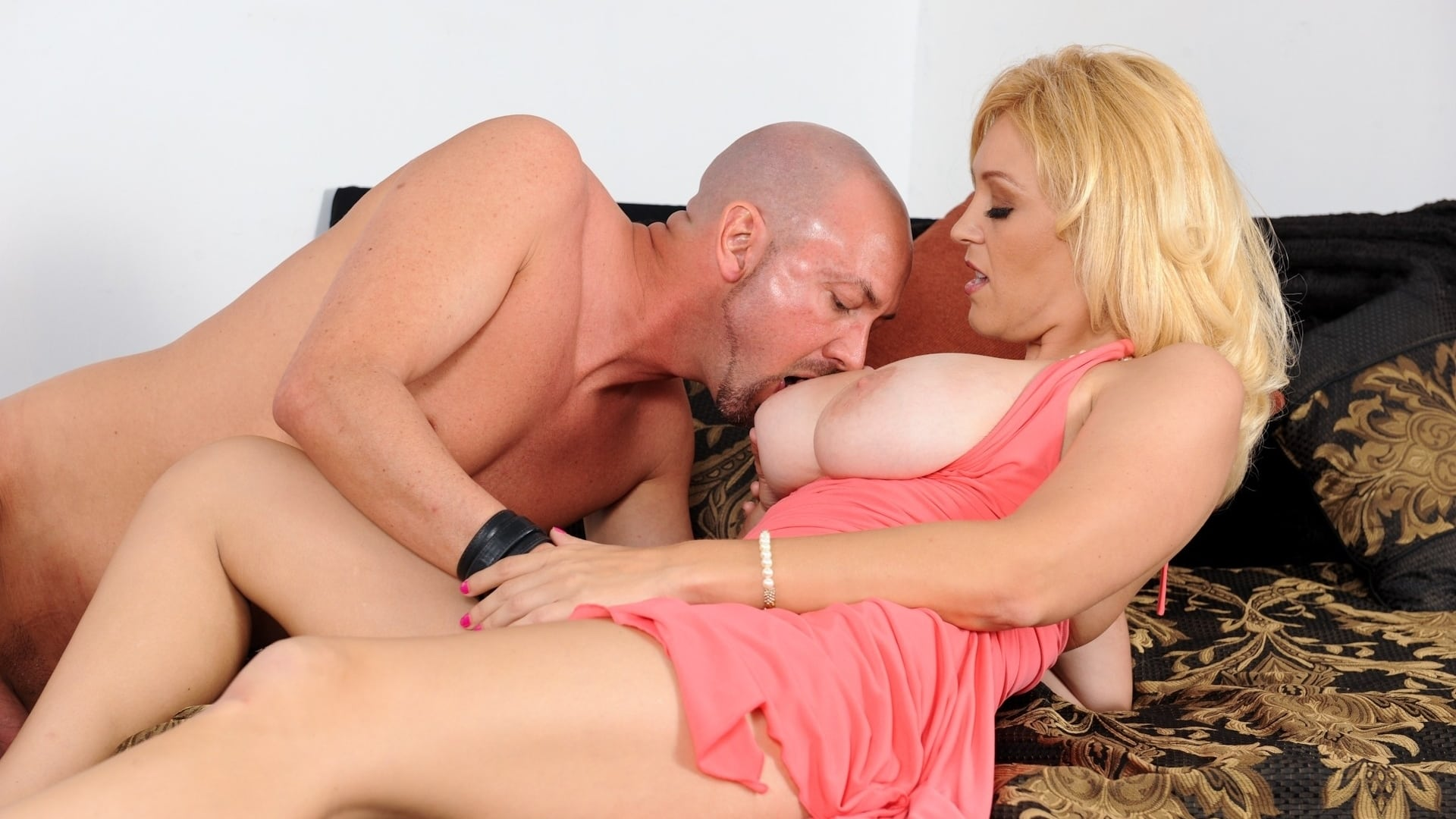 Young small tits creampie