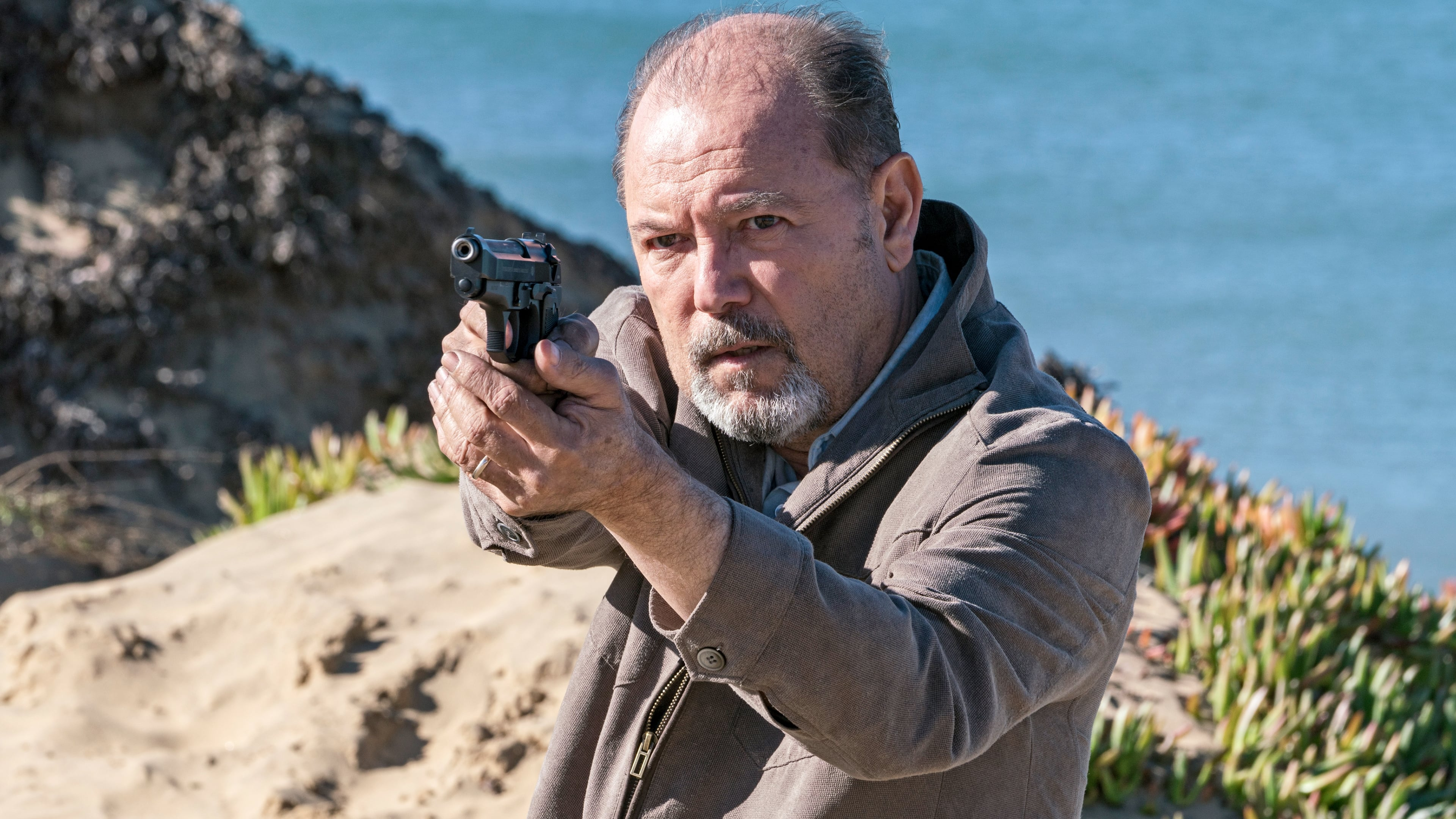 Fear the Walking Dead - Season 2 Episode 3 : Ouroboros