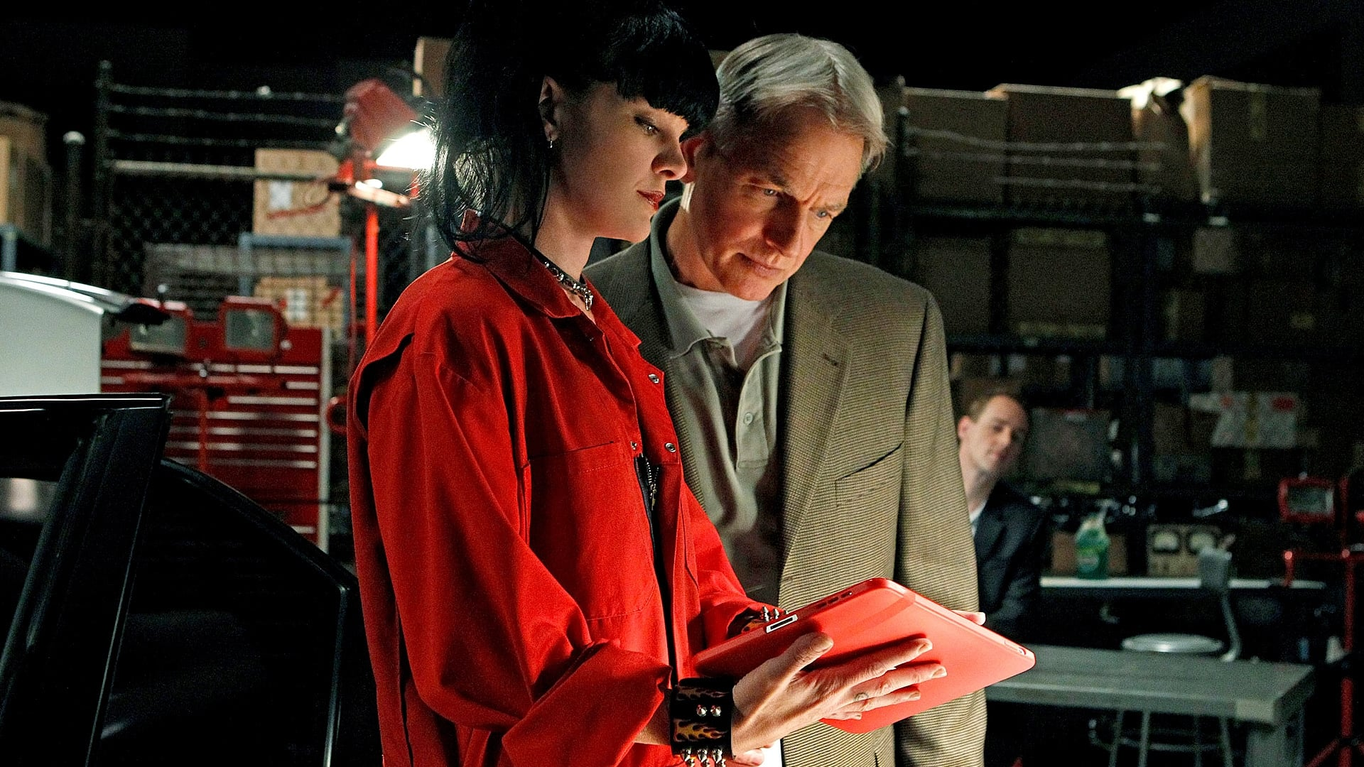 NCIS - Season 8 Episode 3 : Short Fuse