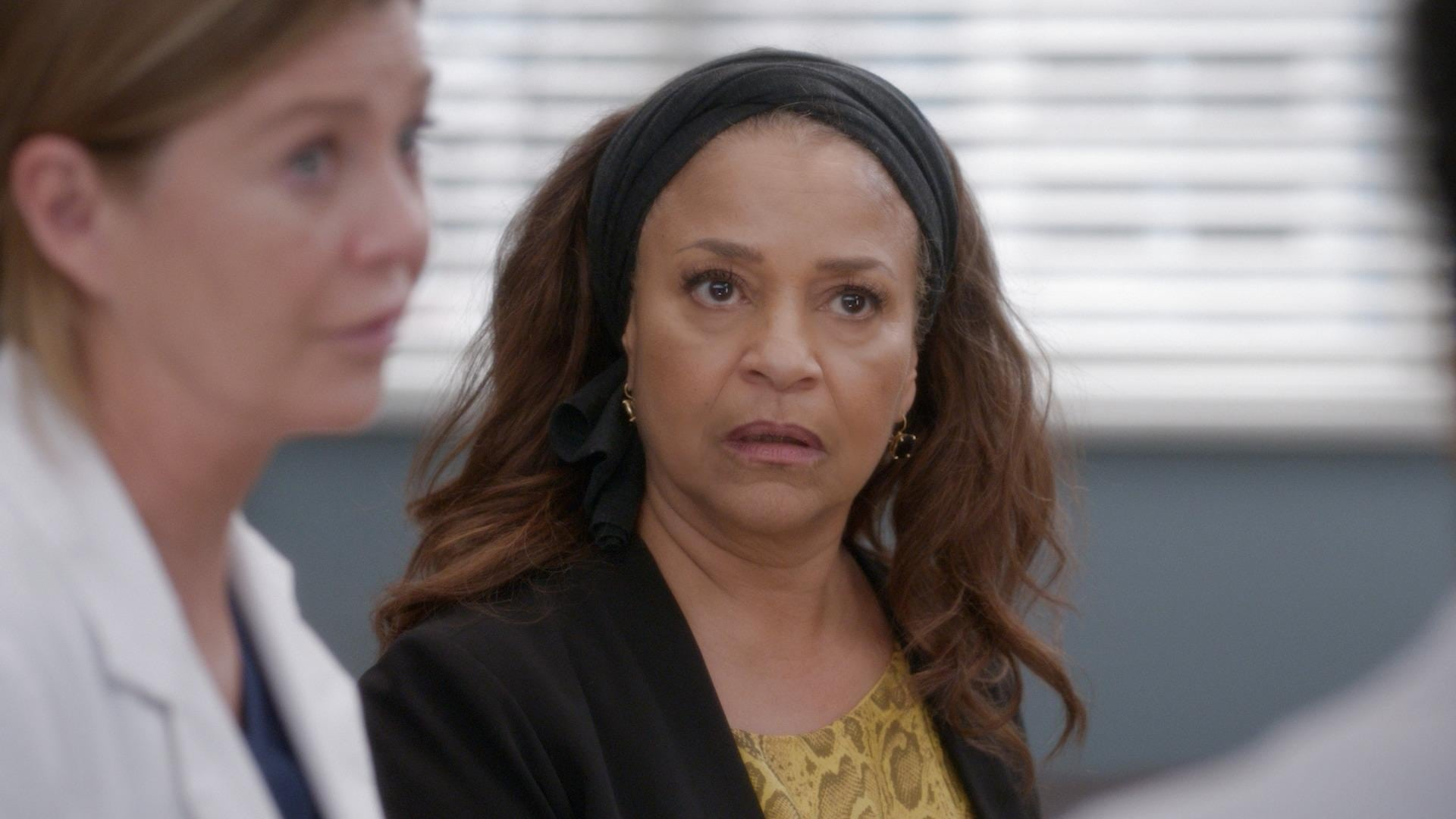 Grey's Anatomy Season 16 :Episode 21  Put on a Happy Face