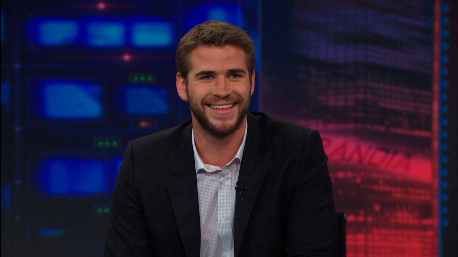 The Daily Show with Trevor Noah Season 18 :Episode 138  Liam Hemsworth
