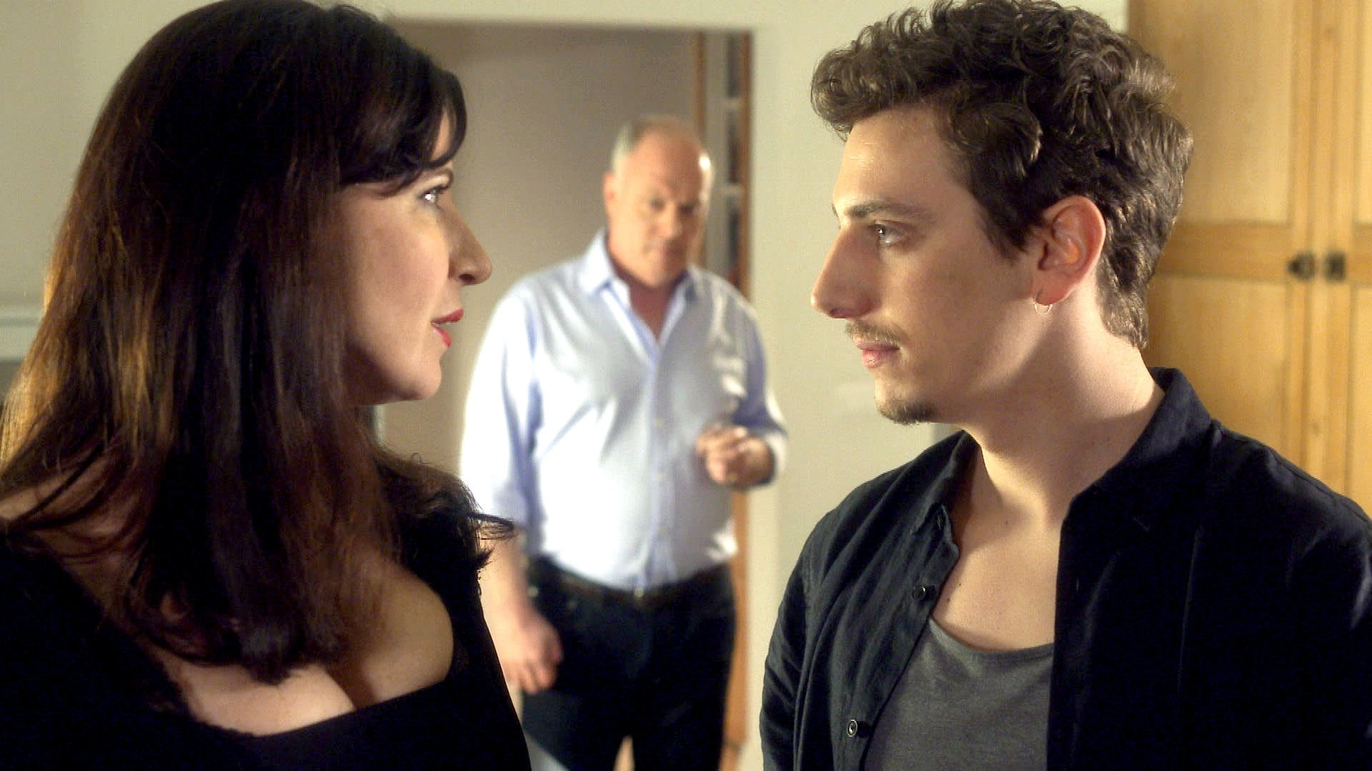 Doctors Season 18 :Episode 10  In Questa Reggia