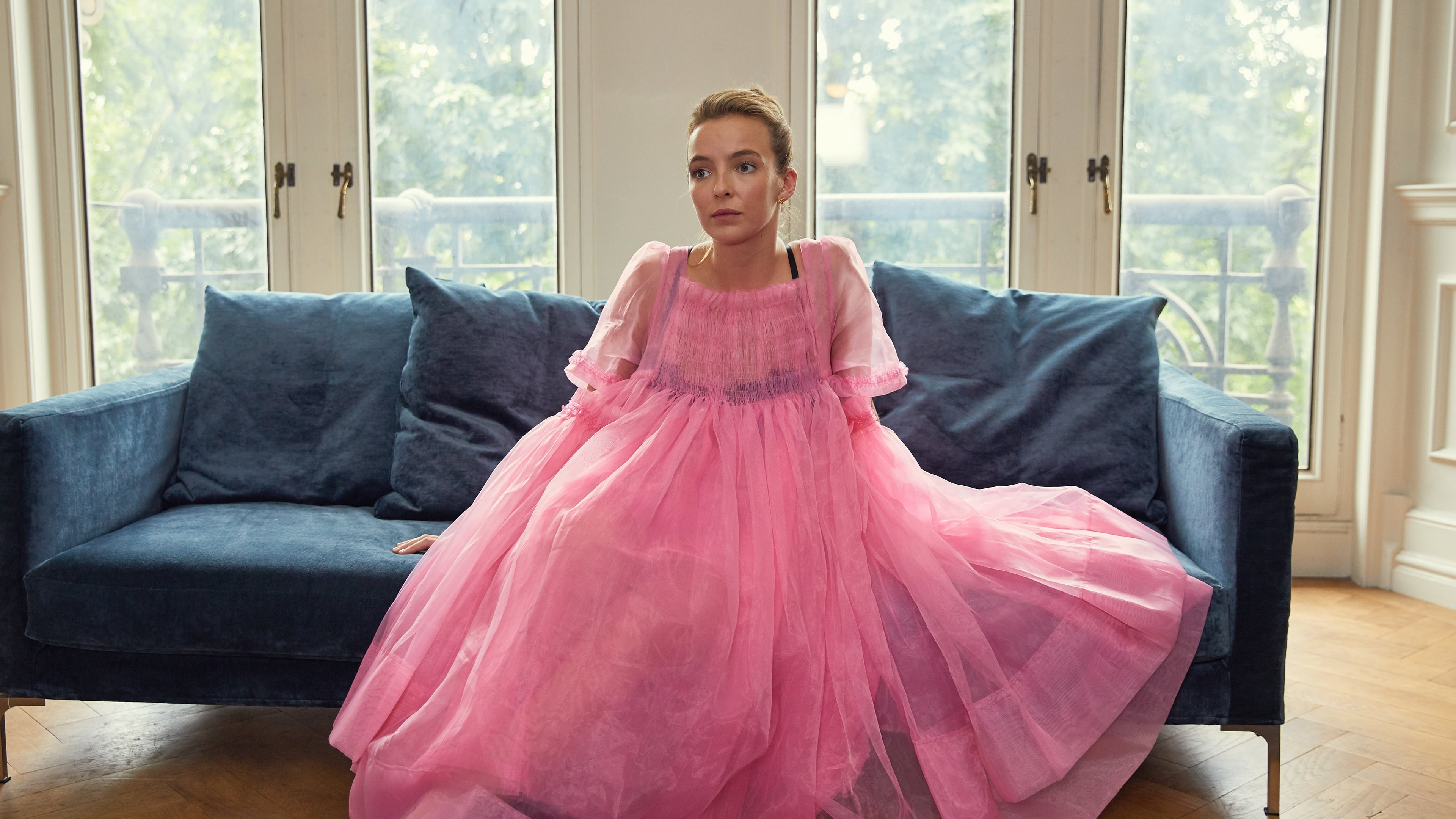 Killing Eve Season 1 :Episode 2  I'll Deal With Him Later