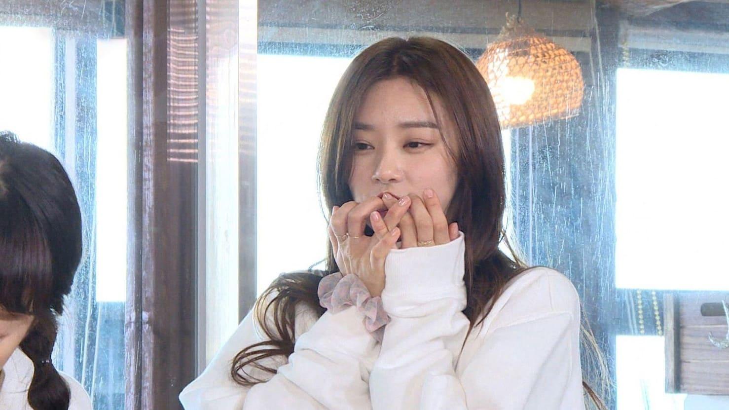 Running Man Season 1 :Episode 527  Jeju Island Special Part 1: Wind, Women, Rocks, and Bomb
