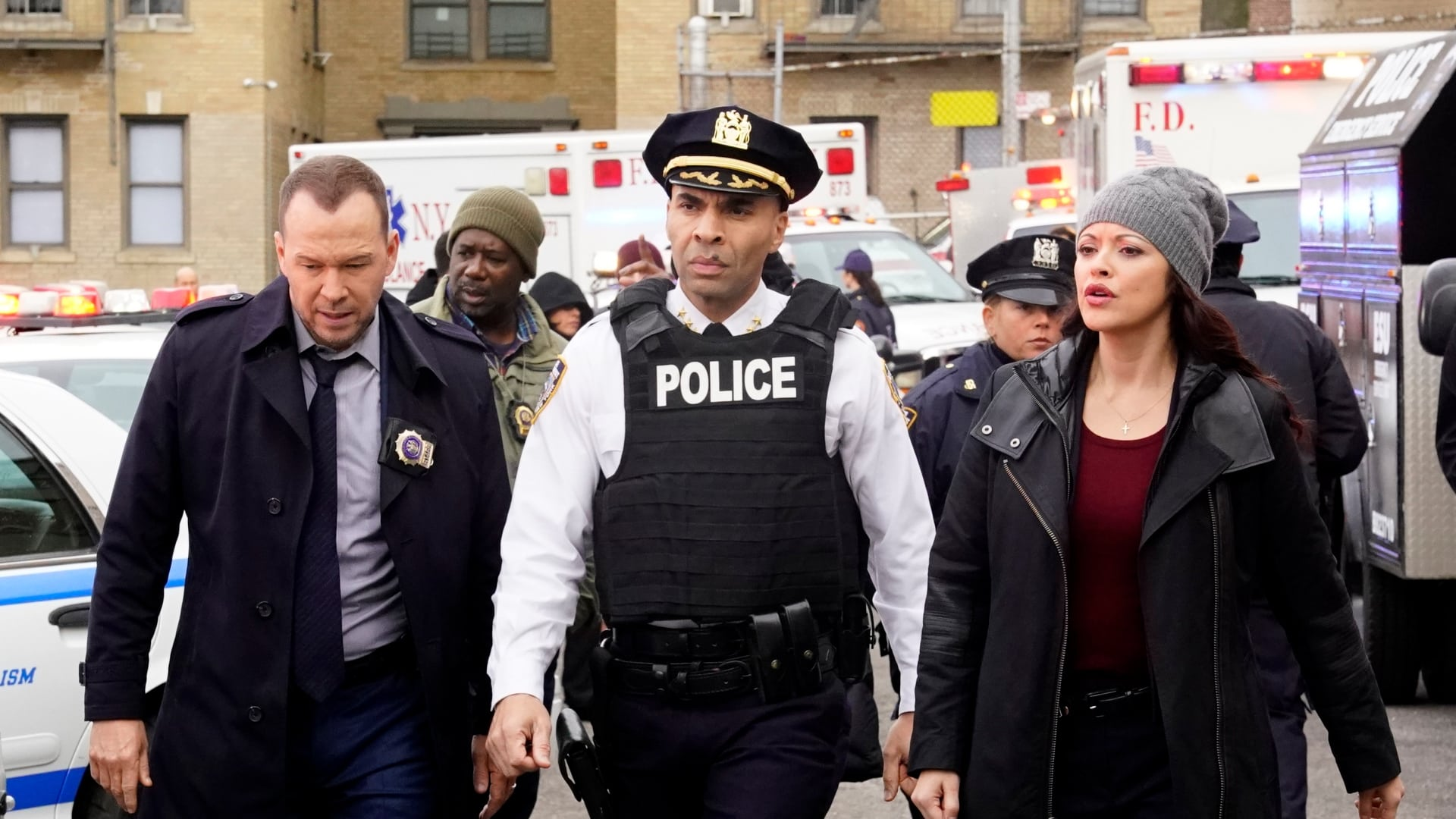 Blue Bloods - Season 8 Episode 14 : School of Hard Knocks